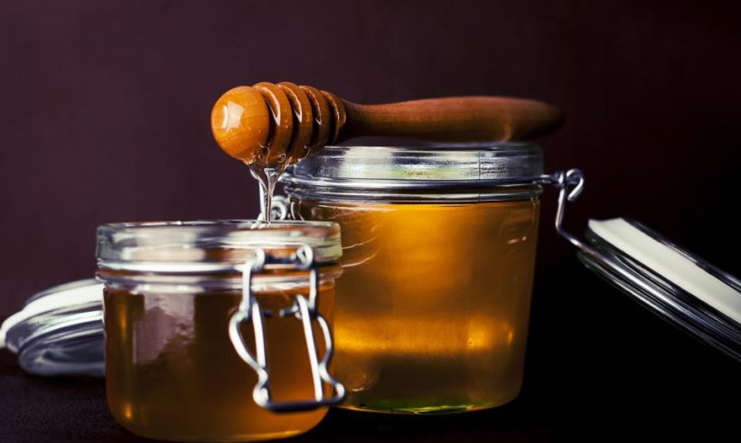 4 interesting ways of using honey in your food